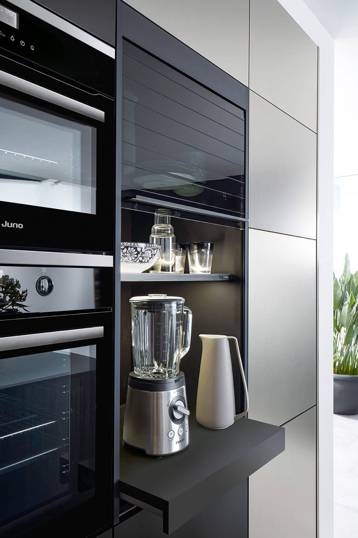 Calba_Auszugstablar - Ofen mit Mikrowelle und Mixer